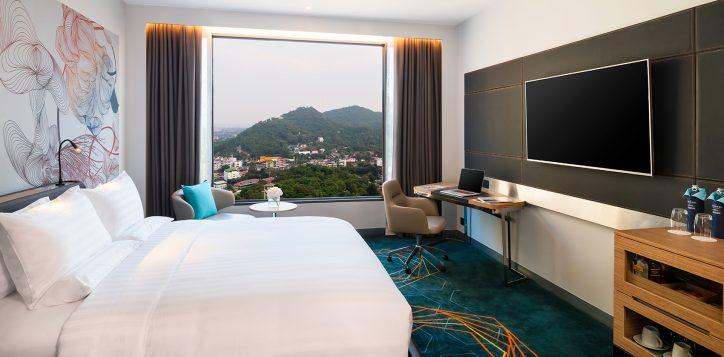 3-rooms-suites-details-superior-room-2