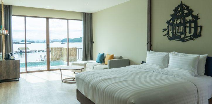 island-marina-bay-pool-villa-2