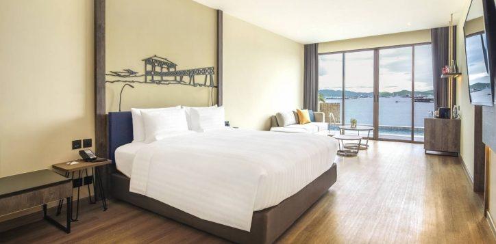 island-marina-pool-villa-bedroom-wide-angle-2